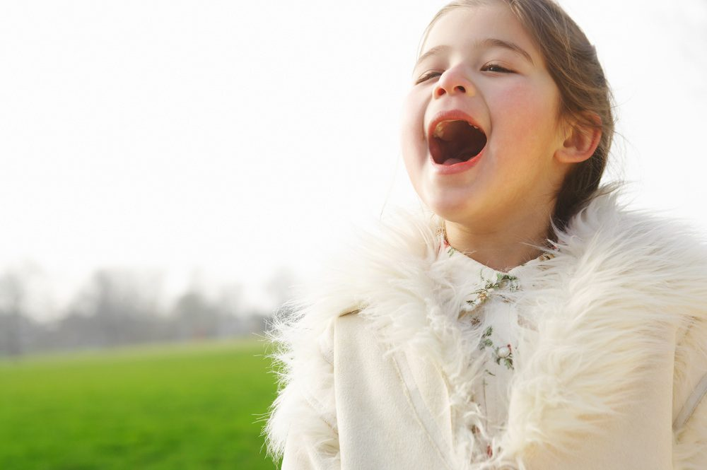 cropped-young-girl-shouting3.jpg